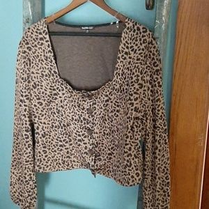 Cute leopard print top nwt